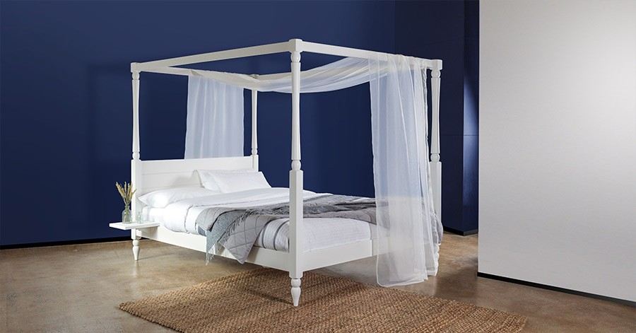 Four Poster Country Bed Get Laid Beds