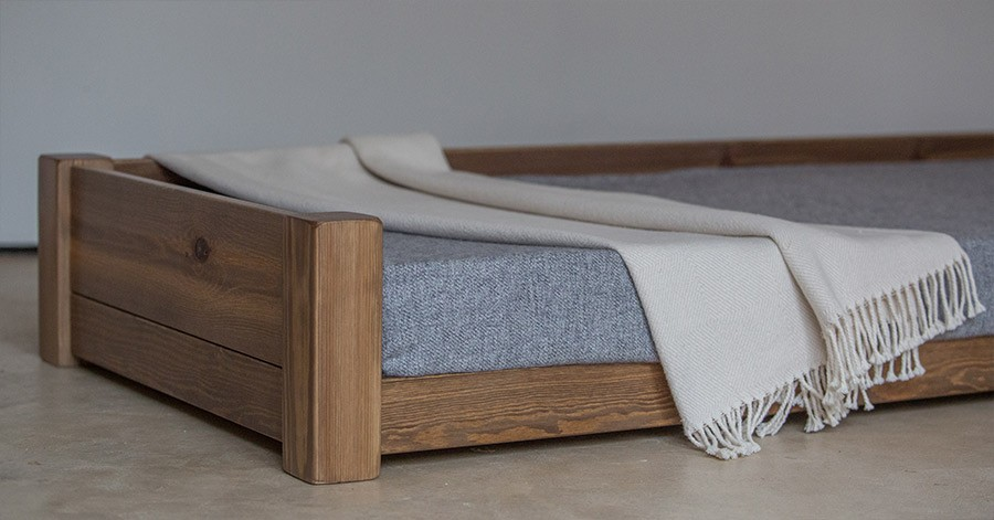 how to make dog bed frame