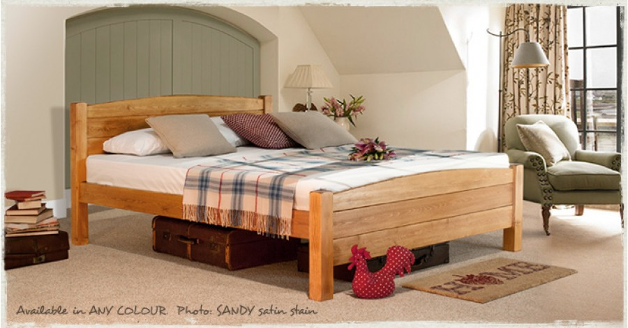 Traditional Country Bed