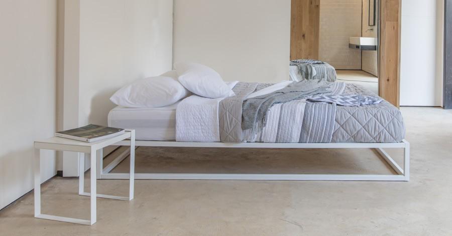 mondrian metal platform bed no headboard